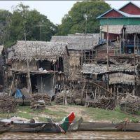 030-Камбоджа-озеро-Тонле-Сап-плавучая-деревня
